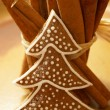 Gingerbread tree and bunch of cinnamon sticks. — Stock Photo