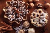 顶视图的各种圣诞饼干. — 图库照片