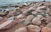 Piedras en la orilla del mar — Foto de Stock