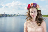 Ukrainian on the Dnieper in Kiev in a wreath of flowers — Stock Photo