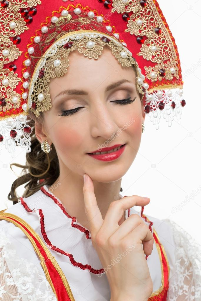 Costumes Traditionnels Russes Traditionnel Russe--rouge