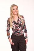 Mooie mode blond zakenvrouw in zomerjurk — Stockfoto