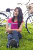 азиатские школьницы — Стоковое фото