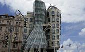 Pragues dancing house — 图库照片