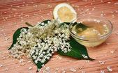 Elderberry flower syrup — Stock Photo