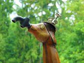 Houten en metalen industriële beeldhouwkunst — Stockfoto