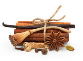 Spices: vanilla, star anise, cinnamon sticks — Stock Photo