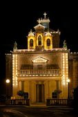 Catholic church in Zurrieq village, Malta. Church decorated for feast. Church in Malta decorated for Christmas. Religion building. Malta, Europe. — Stock Photo