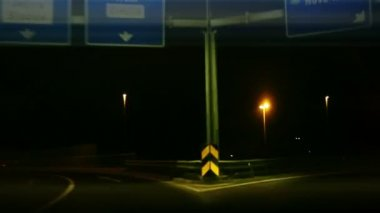 Shot of highway full of cars at night with added time lapse — Vídeo de Stock
