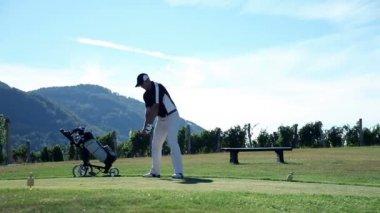 Still shot of a man golfer — Stock Video