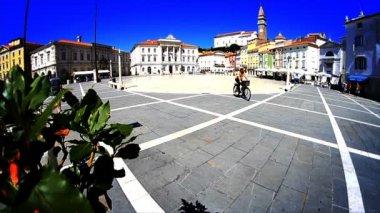 Kent meydanı, piran — Stok video