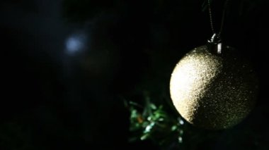 Pan shot of the christmas tree decoration — Stock Video