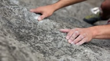 Close up of a rock climber hands — Stock Video