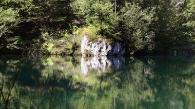 Beautifull landscape in Plitvice national park — Stock Video