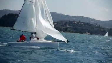 Exciting moment of sailing regatta on windy day — Stock Video