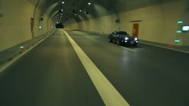 Blue Corvette Driving Fast Through The Tunnel — Vídeo de Stock
