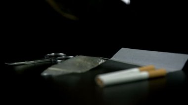 Filter falls next tj other smoking essentials — Stock Video