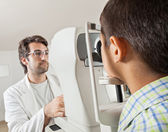 Ophthalmologist With Little Boy — Stock Photo