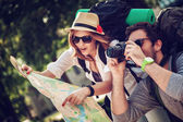 Tourists Sightseeing City — Stock Photo