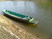 Boat on river — 图库照片