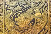 традиционный тайский стиль искусства роспись золотом узор на двери — Стоковое фото