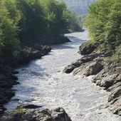 Río blanco, quebrada del granito, adiguesia, rusia — Foto de Stock