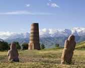 Ancient stone sculptures near Old Burana tower located on famous — Stock Photo