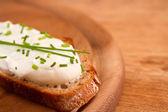 Escuro criados com cream cheese e dof — Foto Stock