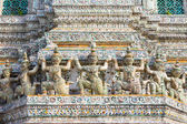 Decorative Figures on Stupa at Wat Arun — Stock Photo