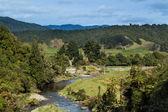 Terre natale de la rivière ferme — Photo
