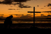 Sundown Prayer Cross — Stock Photo