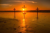 Sunset Behind Cross — 图库照片