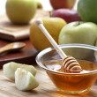 Honey and fruit — Stock Photo
