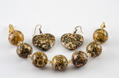Jasper leopard skin bracelet and earings — Stockfoto