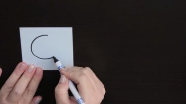 Businesswoman draws smiley Cool — Stock Video