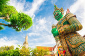 Thai giant in the temple — Stock Photo