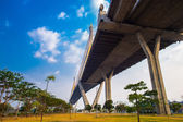 Ring Road  and Bhumibol Bridge on blue sky — Stock Photo