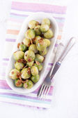 Brussel sprout with roasted almonds — Stock Photo