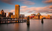 Evening long exposure of the Baltimore Inner Harbor Skyline, Mar — Stock Photo