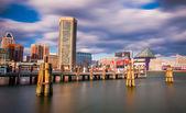 Mid-day long exposure of the Baltimore Inner Harbor Skyline — Stock Photo