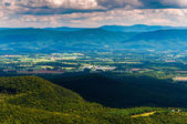 View of the Shenandoah Valley and Appalachian Mountains from the — Foto Stock