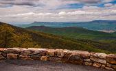 Förbise på skyline drive i shenandoah nationalpark, virginia. — Stockfoto