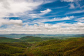 Spring colors in the Appalachian Mountains and Shenandoah Valley — Foto Stock