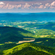 Clouds cast shadows over the Appalachian Mountains and Shenandoa — Stock Photo