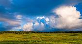 Mooie avond wolken over grote weilanden in shenandoah nationale — Stockfoto