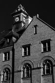 Black and white photo of Rouss City Hall, in downtown Winchester — Stock Photo