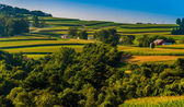 View of rolling hills and farms in Southern York County, Pennsyl — Stockfoto