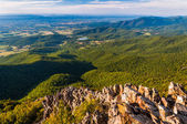 View of the Shenandoah Valley from Stony Man Mountain, along the — Stock Photo