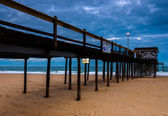 Fishing pier am strand von ocean city, maryland. — Stockfoto