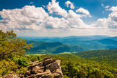 View of the Blue Ridge Mountains from North Marshall in Shenando — Stock Photo